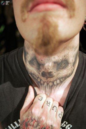 Подборка экстремальных татуировок [25 фото]