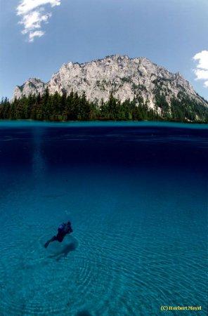 Gruner See - сезонное озеро в Австрии [10 фото]