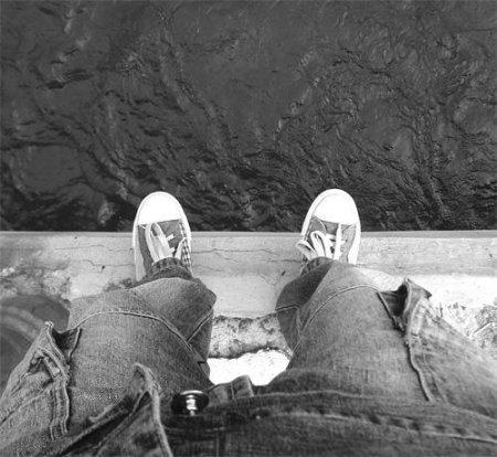 Эффект Вертера – подражающие самоубийства